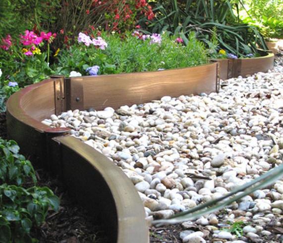 8 вариантов бордюра для садовой дорожки