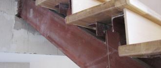Процесс обшивки металлической лестницы деревом - блог о строительстве