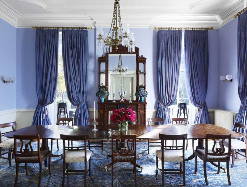 потолочные шторы в зал фото в интерьере