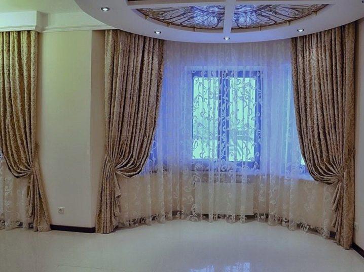 карнизы для штор в комнату