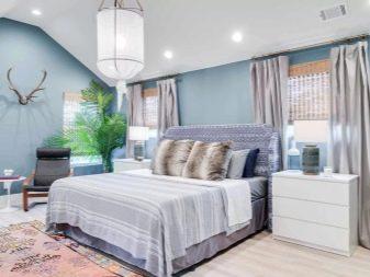 Синие и голубые шторы в спальне (54 фото): синие шторы с золотом в интерьере белой спальни, тюль темно-синего и василькового цветов, другие варианты