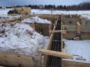 Консервация фундамента на зиму: можно ли оставлять без нагрузки