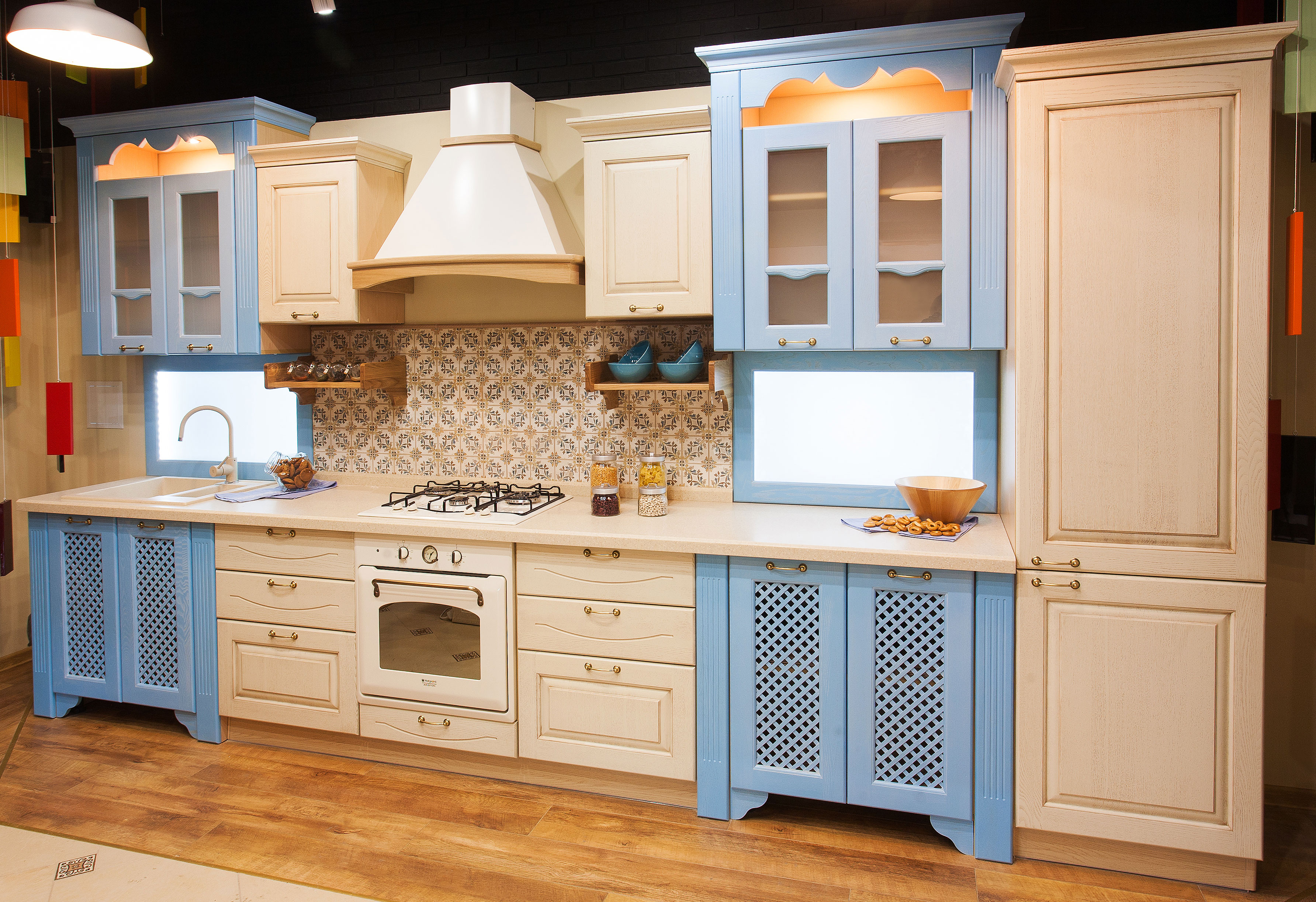 Дверцы для кухонной мебели: гарнитрура и шкафчиков, выбор и ремонт своими руками