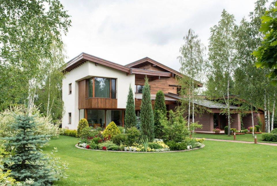 9 вариантов покрытия для двора частного дома