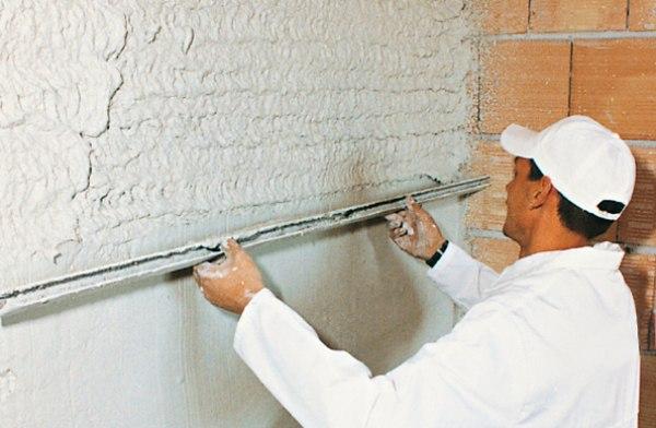 Правильное оштукатуривание и отделка стен в ванной комнате