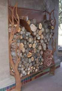 Почему дровница для камина, изготовленная своими руками, лучше?