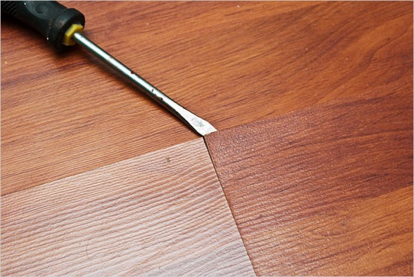 Как самостоятельно убрать скрип деревянного пола в квартире