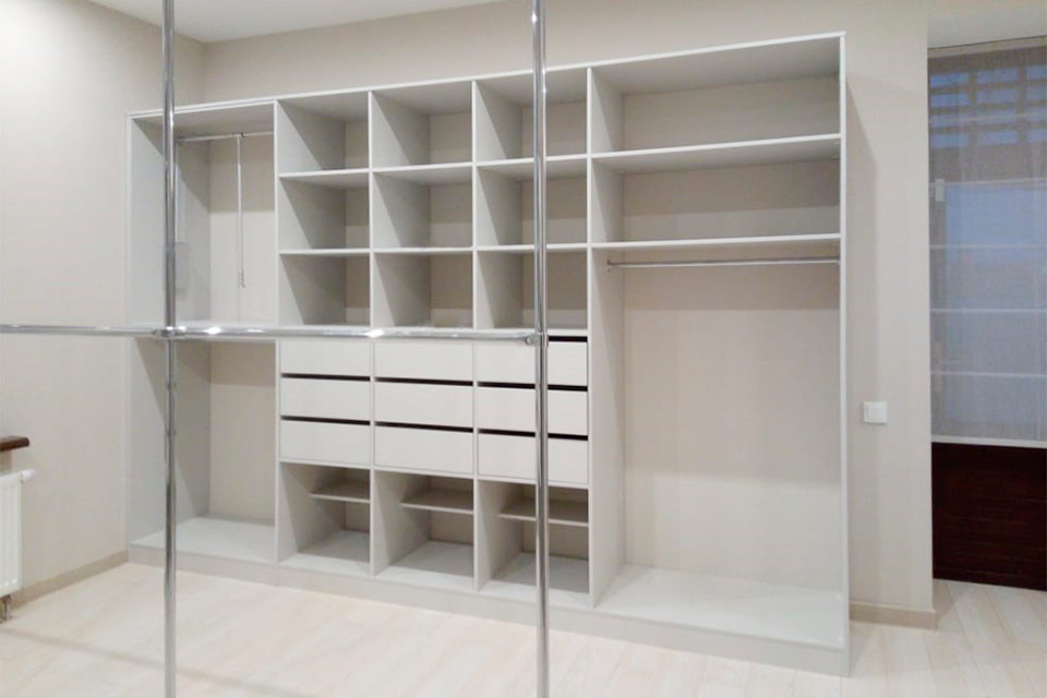 Гардеробные комнаты | изготовление гардеробных на заказ по индивидуальным размерам в москве