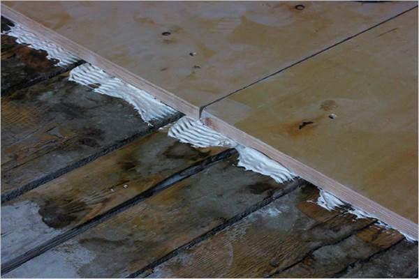 Укладка фанеры на лаги: какую фанеру использовать, расстояние и шаг между лагами, как стелить, выравнивание настила, монтаж на фото и видео