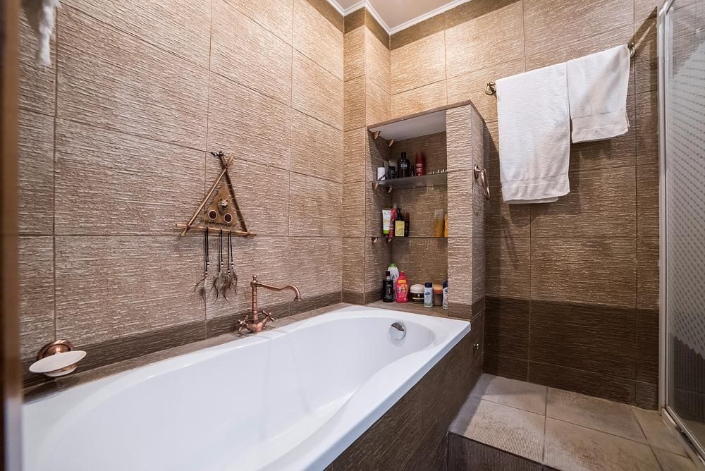 Чем можно отделать стены в ванной комнате, кроме плитки