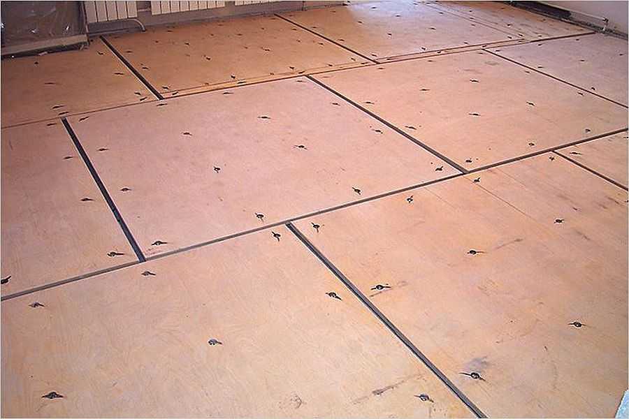 Можно ли класть плитку на фанеру или деревянный пол?