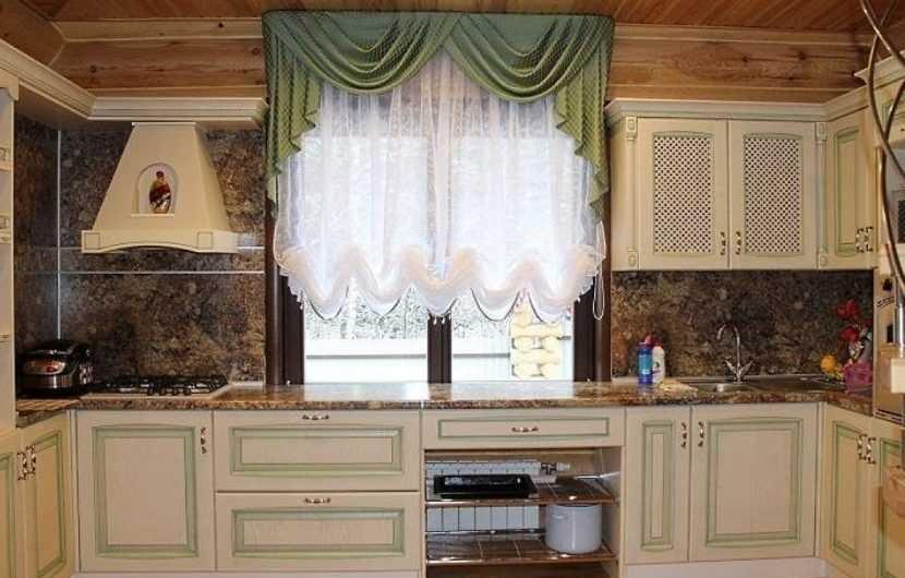 красивые короткие шторы на кухню фото