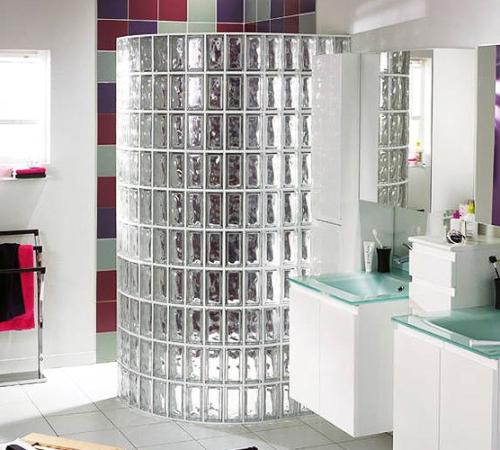 стеклоблоки в ванной перегородка