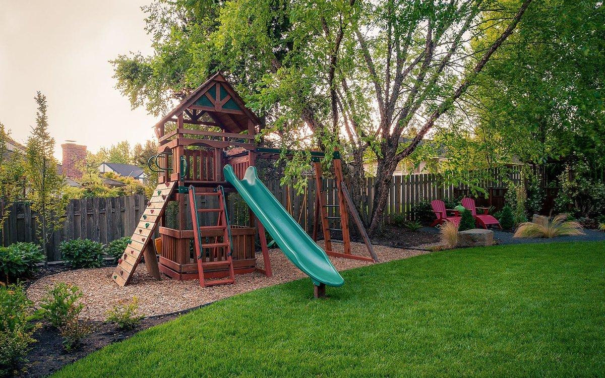 Детская площадка: конструкция, основные составные элементы, виды площадок, проекты и идеи для детской площадки