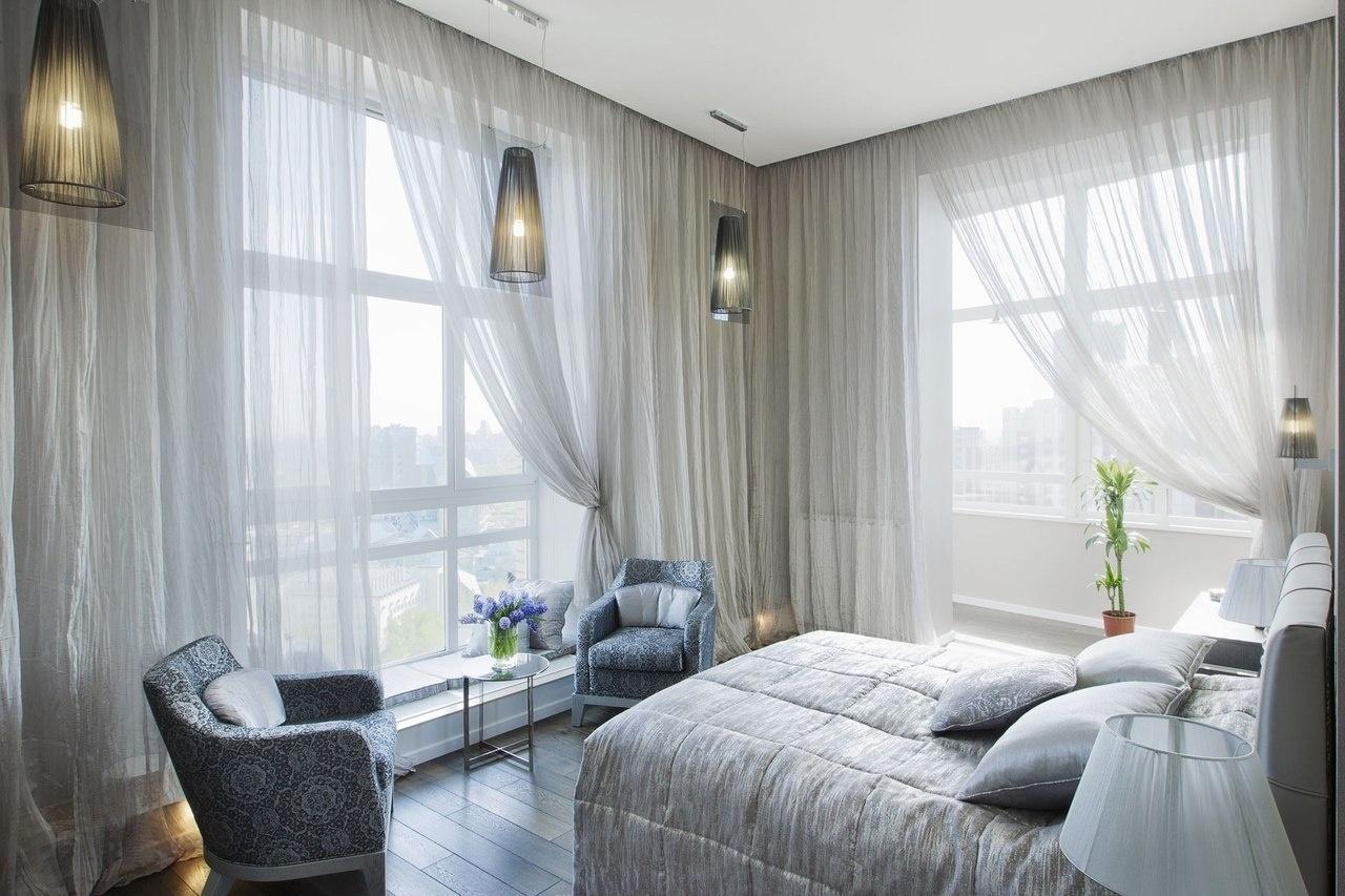 цветные шторы для спальни фото