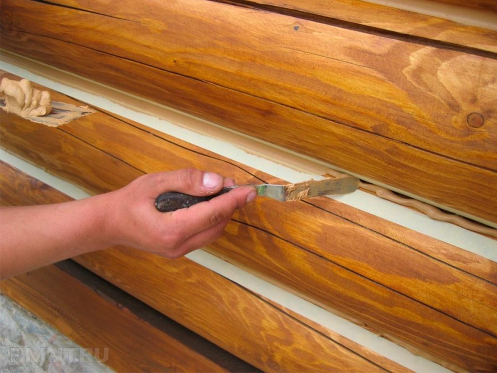 Акриловый герметик для дерева: состав для заделки швов между бревнами сруба, характеристики шовных герметиков для работ по дереву