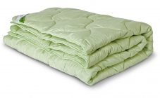 Ватные одеяла: тяжелое стеганое 2-спальное одеяло, изделия с атласной стороной, срок службы, химчистка