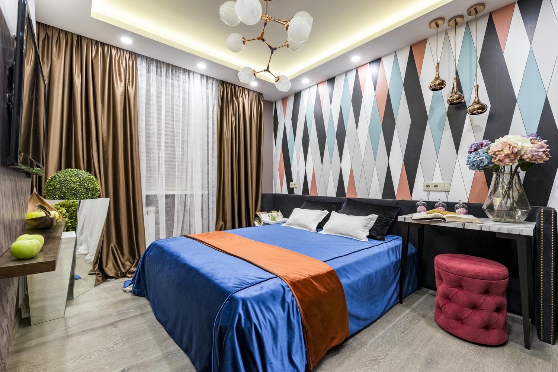 шторы в коричневых тонах гостиная фото