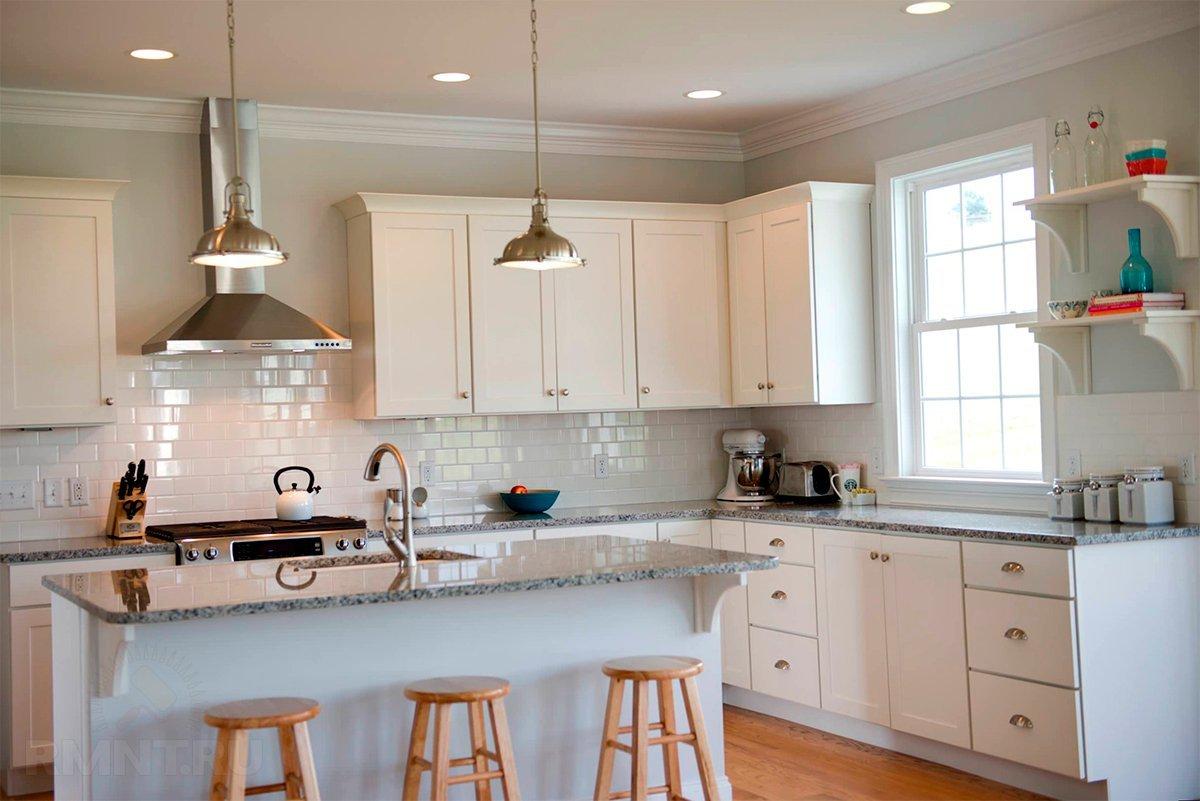 Наклонная вытяжка для кухни: установка и оформление кухонного интерьера