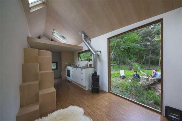 Что необходимо знать для проектирования и строительства маленького дачного дома?