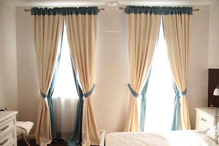Шторы на липучках (38 фото): выбираем занавески с самоклеящимися петлями для пластиковых окон
