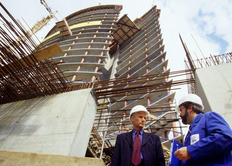 как получить подряды на строительные работы