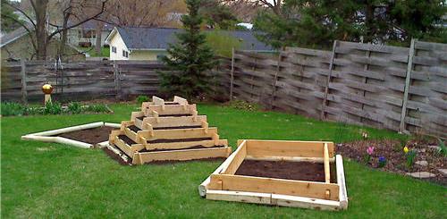 подготовка земли под чеснок осенью