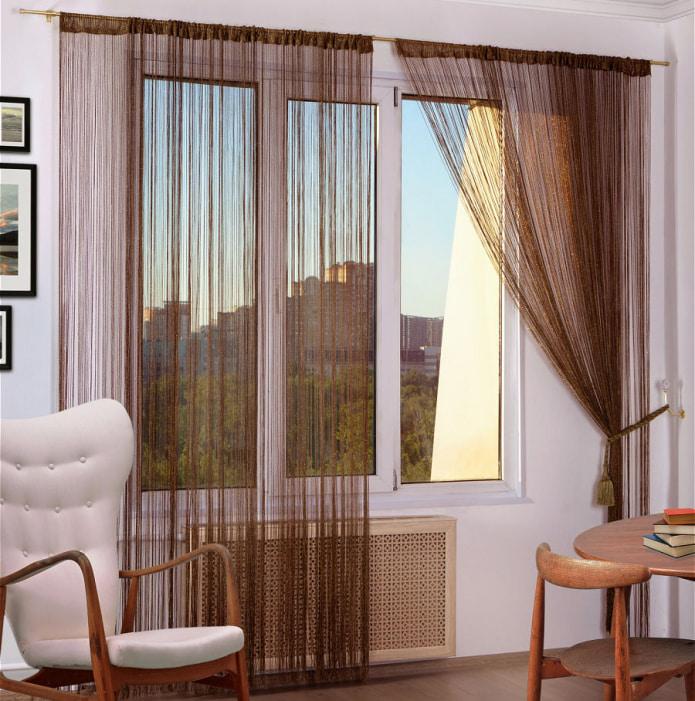коричневые шторы в спальню