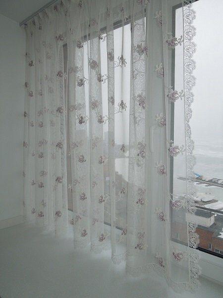 как закрепить шторы на балконе