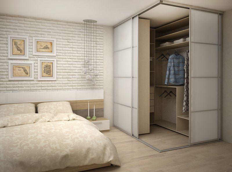 гардеробная в маленькой спальне