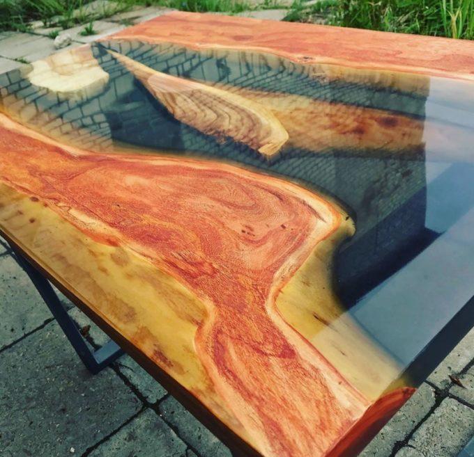 стол из эпоксидной смолы своими руками