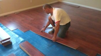 Чем замазать щели в деревянном полу | советы по ремонту