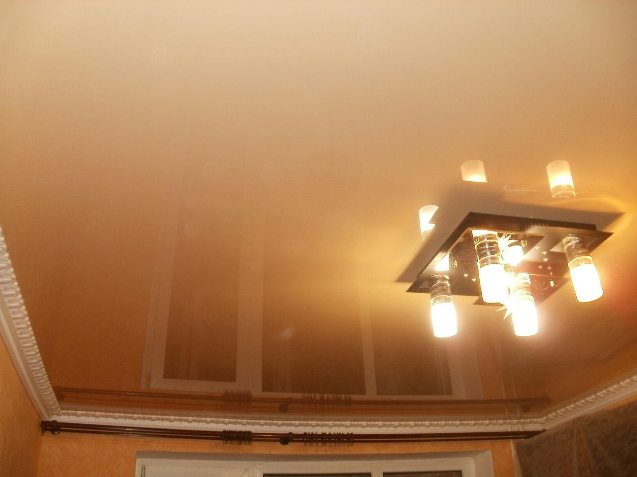 Двухцветные натяжные потолки: 55+ фото, идеи для разных видов конструкций