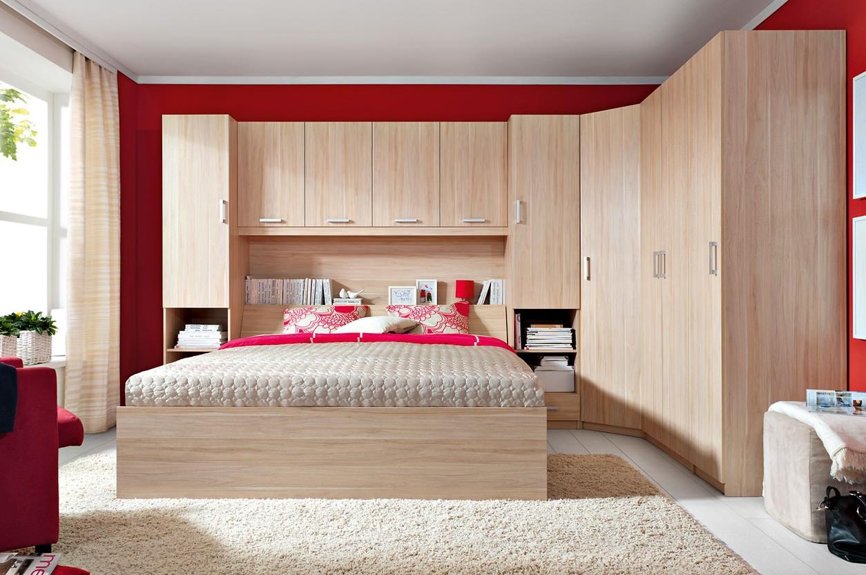 Угловой шкаф в спальню - 110 фото в интерьере