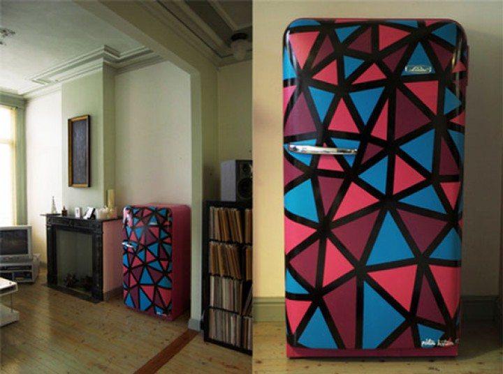 Чем можно покрасить холодильник + 3 способа его обновить