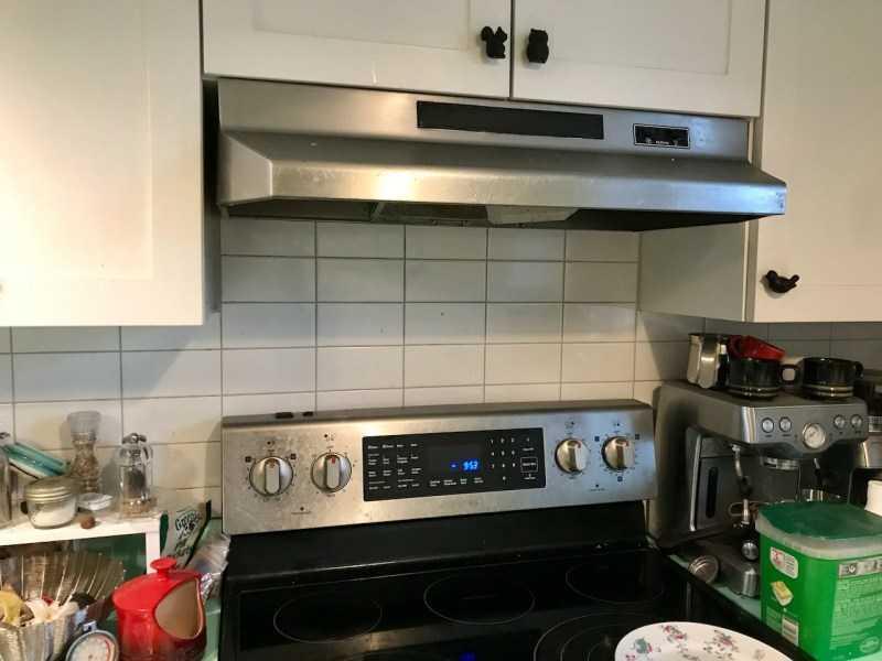 кухонная вытяжка с выводом