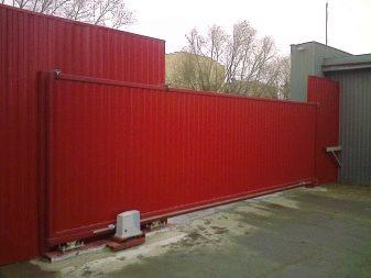 Откатные ворота в москве, киеве и других городах - купить автоматические откатные ворота от компании «алютех»