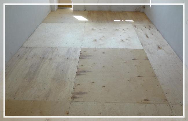 Укладка фанеры на деревянный пол: выбор материала, подготовка, монтаж поэтапно