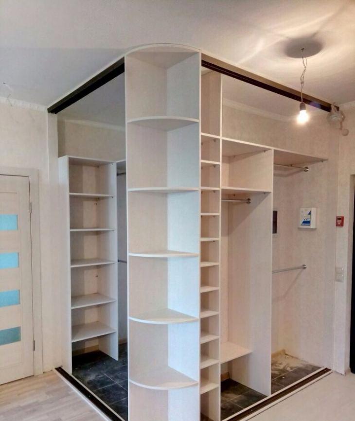 современный шкаф в прихожую