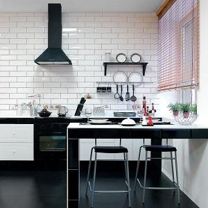 Белый фартук на кухне (45 фото): фартук под кирпич для белого кухонного гарнитура