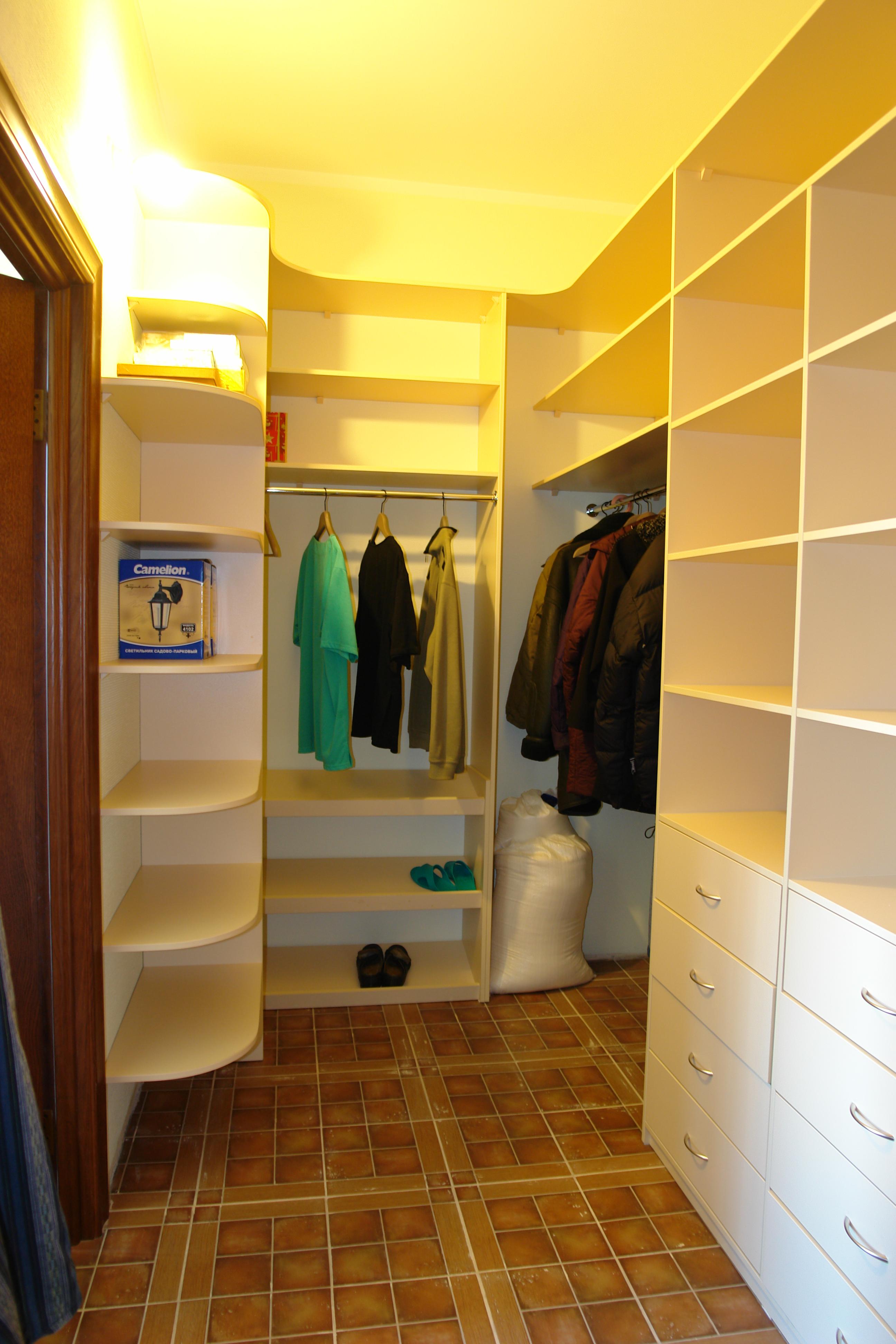 Как обустроить гардеробную комнату в спальне | интерьер и дизайн вашего дома