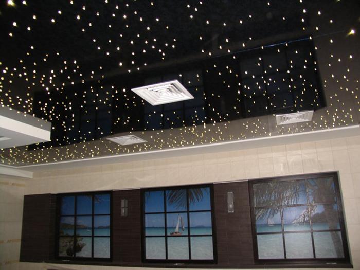 Натяжной потолок «звездное небо» в интерьере детской комнаты