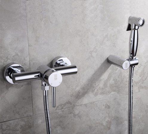 гигиенический душ с креплением на унитаз