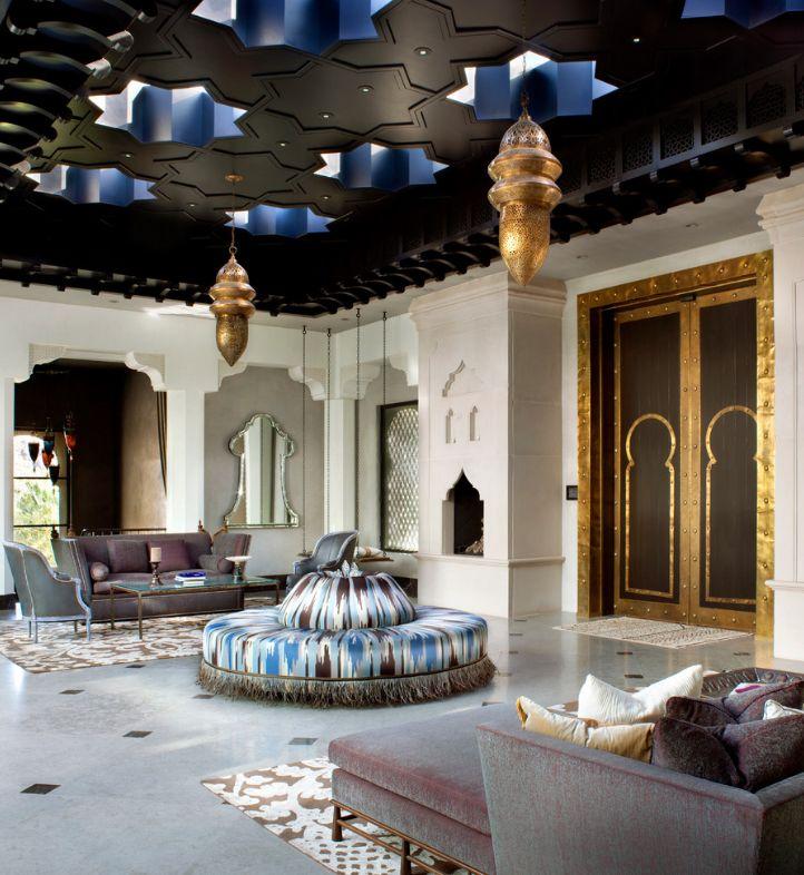 Гостиная в индийском стиле - 42 фото интерьеров