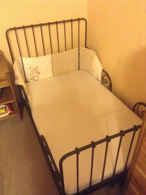 деревянная кровать икеа