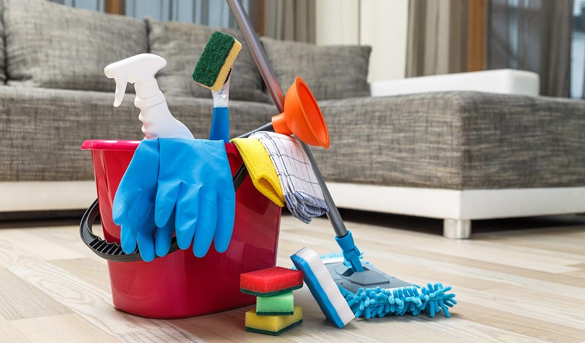 Как быстро убраться дома за 1 час: 12 советов по экспресс-уборке