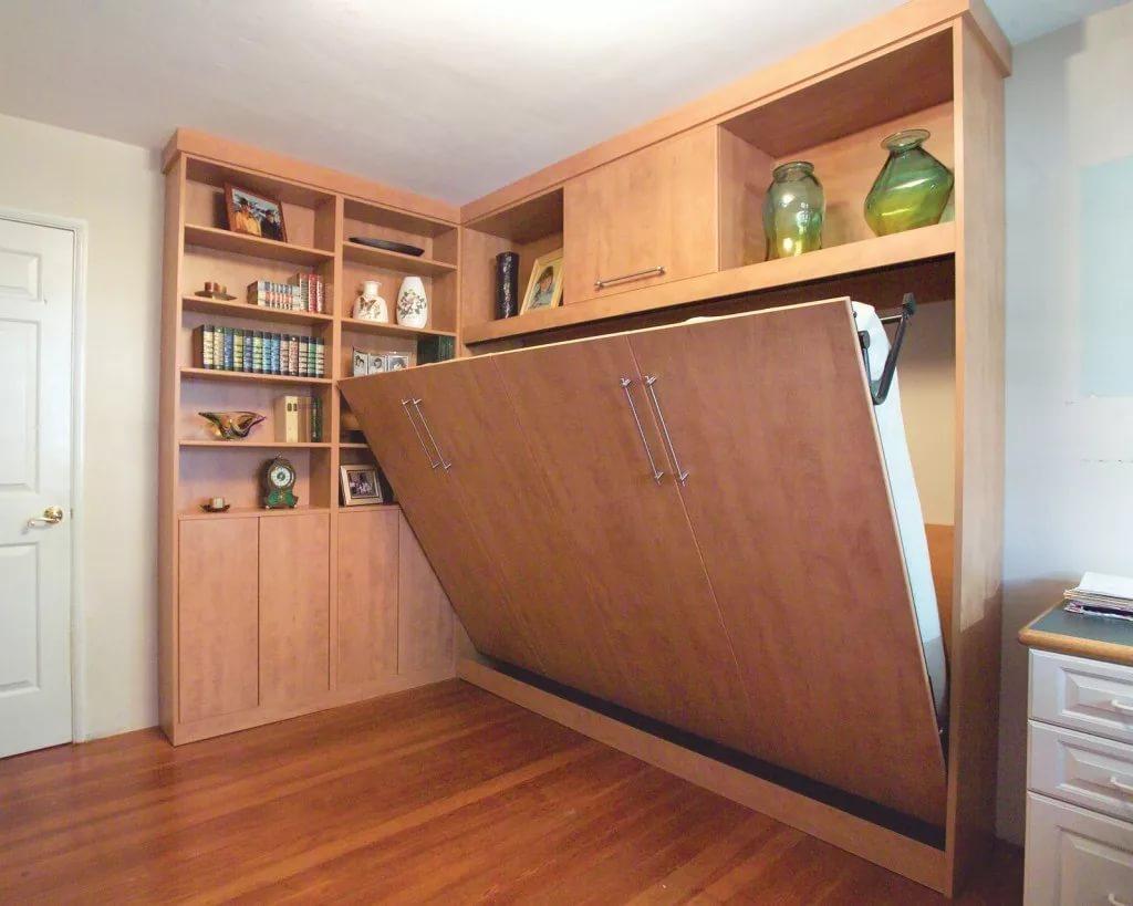 Шкаф-купе в спальню (87 фото): современные модели с печатью, красивые варианты в маленькую комнату