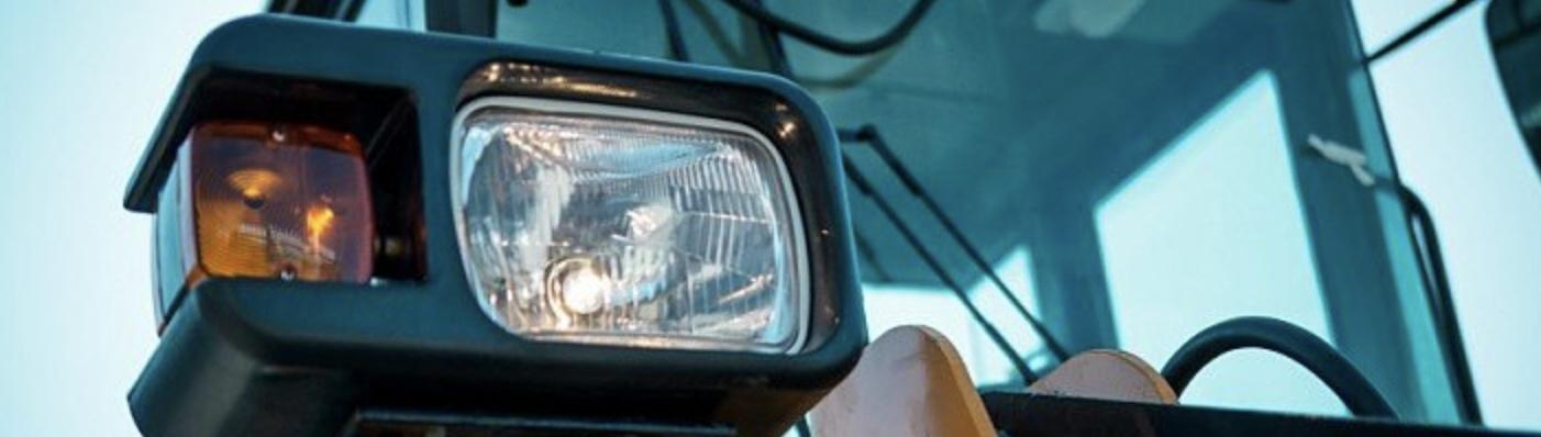 Задний фонарь легкового прицепа: виды, выбор оптики.