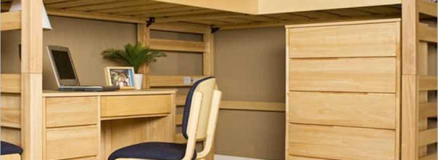 двухэтажная кровать со столом и шкафом