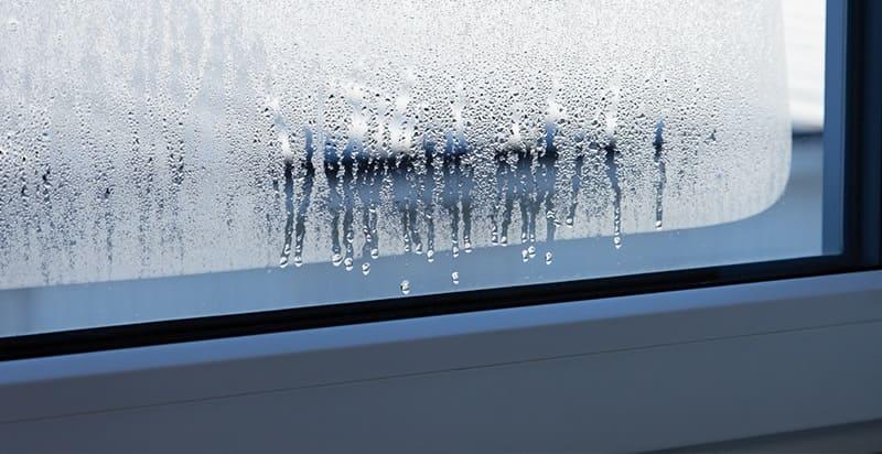 Почему плачут пластиковые окна и как с этим бороться?